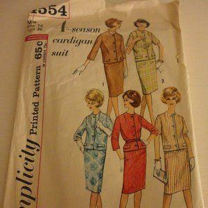 Vintage Simplicity 4554 Cardigan Suit Patttern